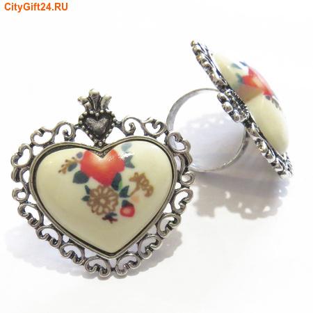 BS Кольцо винтажное сердце