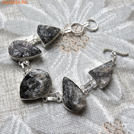 Кольцо с лунным камнем 17 р-р *